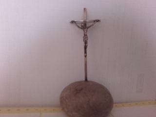 13 Santo Cristo Crucificado hierro y piedra